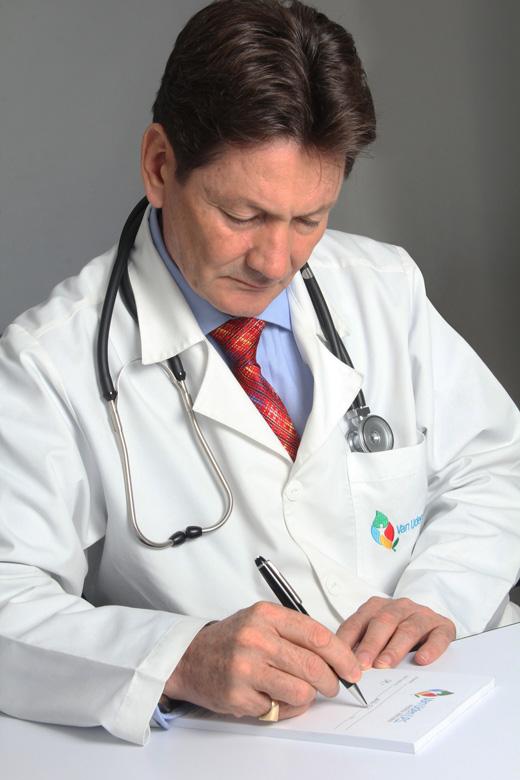 dr-alfonso-vanuden
